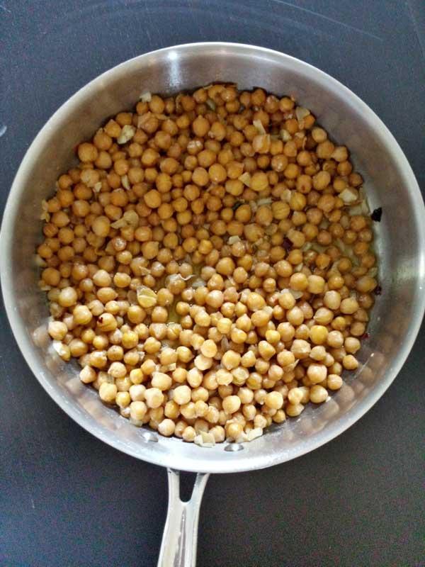 50-pastas-garlic-chickpea-(4)