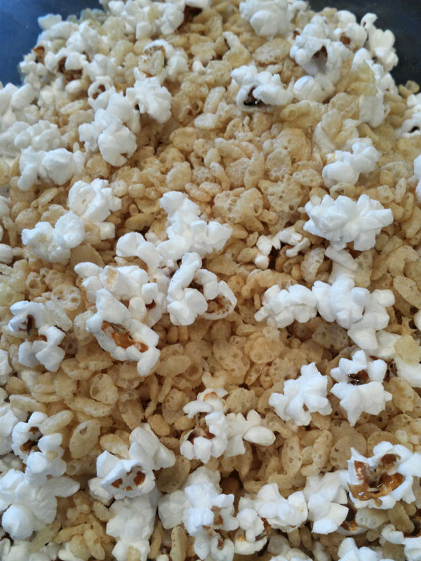 brown-butter-popcorn-krispies-(4)